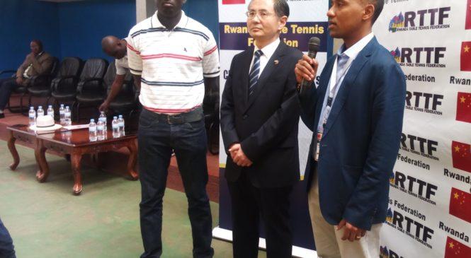 Imyaka itatu y'amasezerano Ambasade ya Chine na Table Tennis