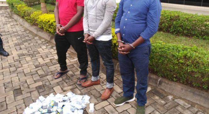 Polisi y'U Rwanda yerekanye abajura bibaga mu mujyi wa Kigali bakoresheje ubwenge