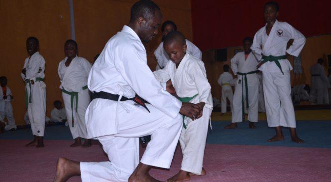 The Champions Karate Academy  v'Abana basaga 98 nibo  bitabiriye  imyitozo n'amarushanwa y'abari munsi y'imyaka 7, abafite hagati y'imyaka 8 na 13 n'abafite imyaka 16 kuri uyu wa gatandatu.