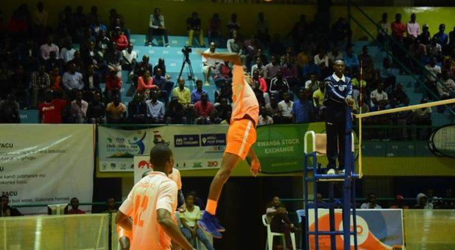 Zone 5 Volleyball: Amakipe ahagarariye u Rwanda yatangiye neza atsinda imikino yayo