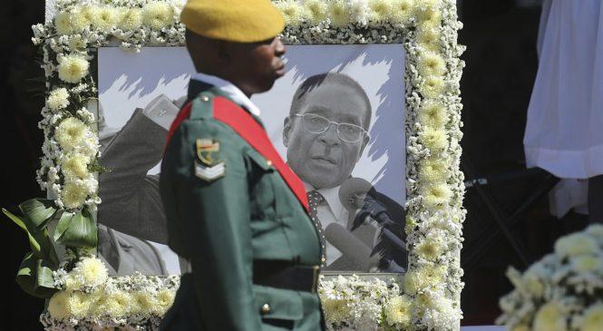 Robert Mugabe yashyinguwe mu gace akomokamo  ntawuhagariye Leta waruhari