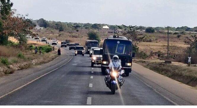 Abatanzaniya bose biteguye guherekeza bwa nyuma Benjamin Mkapa