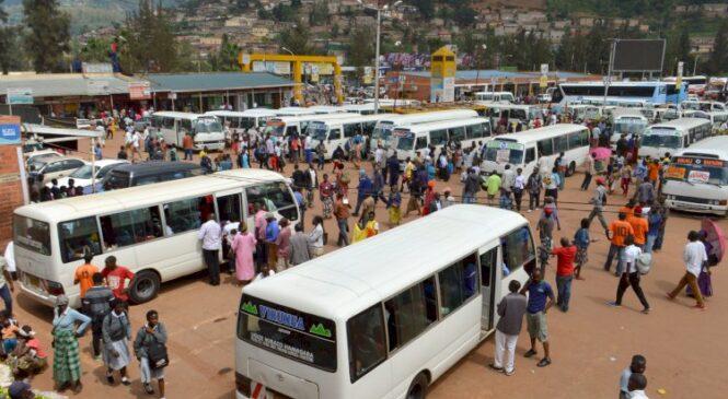 Ingendo mu modoka rusange hagati y'umujyi wa Kigali n'intara zahagaritswe
