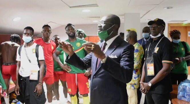 CHAN 2020 : Nyuma y'umugisha wa Ketcha Courtès,ikipe ya Lions Indomptables yakoze amasengesho Limbe