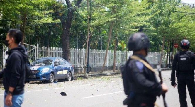 Indonesia : Abantu bakomerekejwe n'igisasu cyaturikiye ku Kiliziya