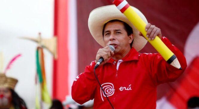Umwalimu w'amashuri abanza ubu yabaye perezida wa Peru