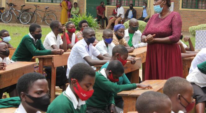 Umwana w'umukobwa iterambere ry'umuryango mu muryango nyarwanda